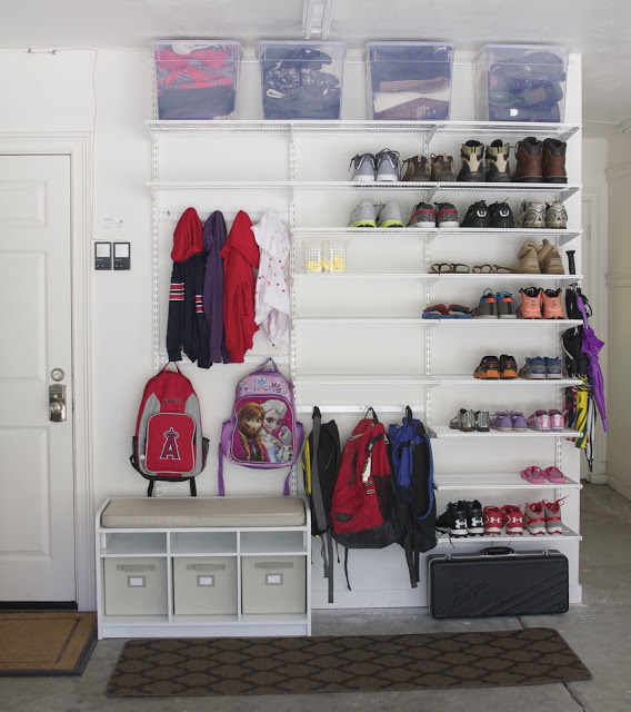 Backpack storage | Backpack storage ideas | Coat storage | Coat rack | coat hook | backpack hook | place for backpacks | garage mud room