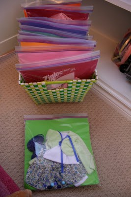 How to organize girl toys. I love all these ideas for DIY toy storage especially for girl toys.